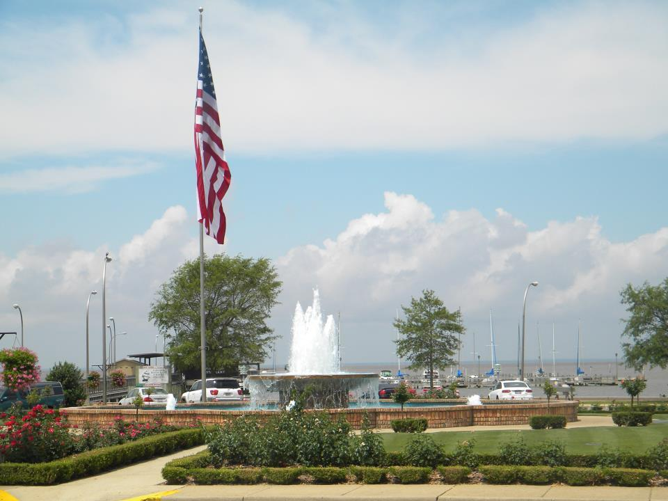 Fairhope Pier Park Fountain